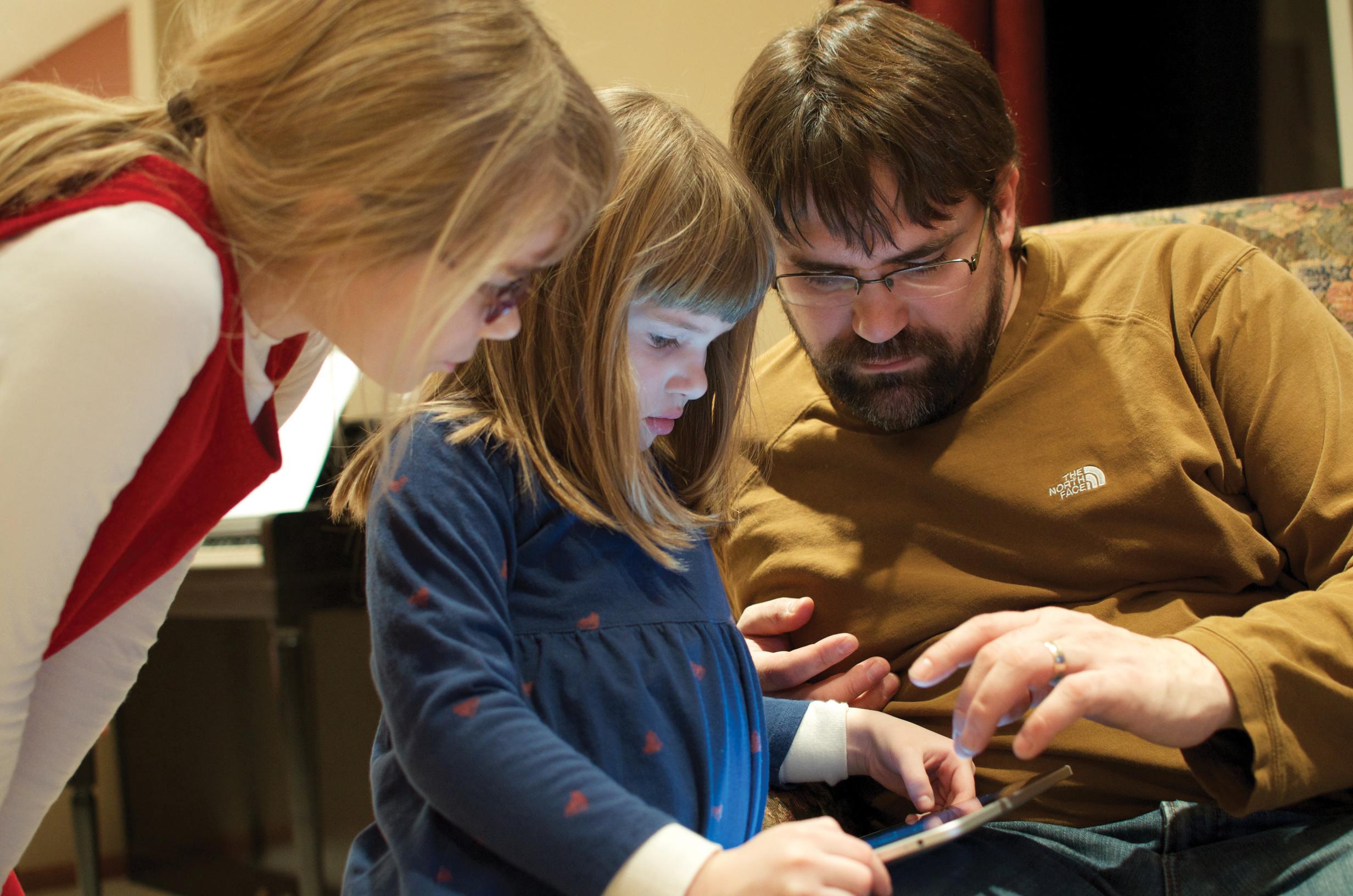 TimWilsonFamily_iPad