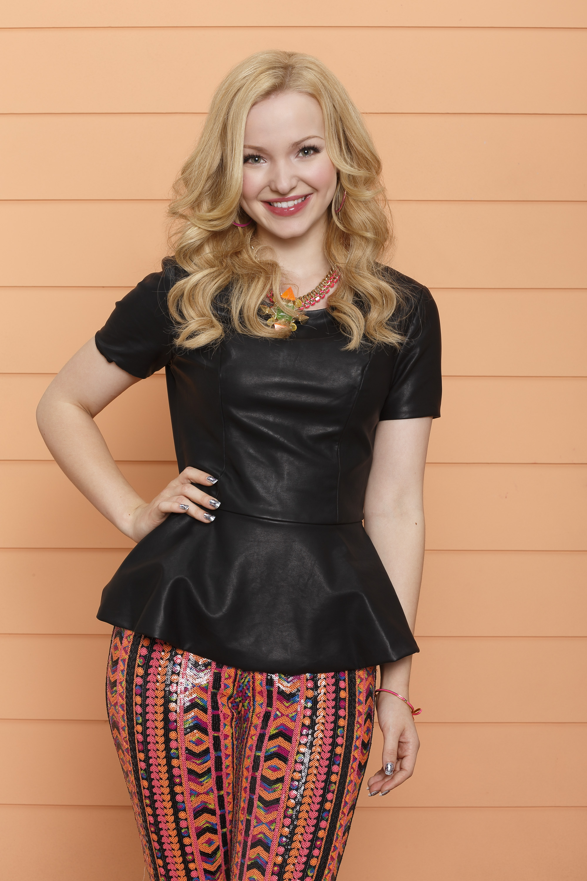 Kidscreen » Archive » Disney Channels Liv and Maddie to