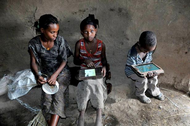 TabletsGlobalLiteracy