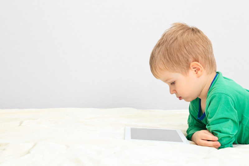 Preschoolers-tablet
