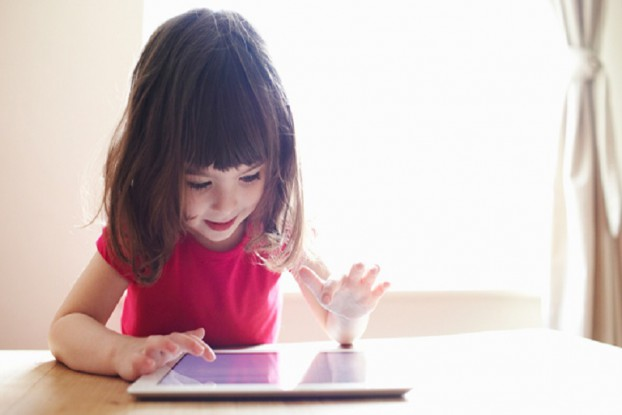 kids-love-ipads-more-than-tv