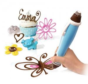 ChocPen_cupcake&hand_SkyrocketToys