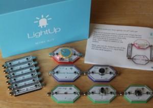 LightUptoy_2015
