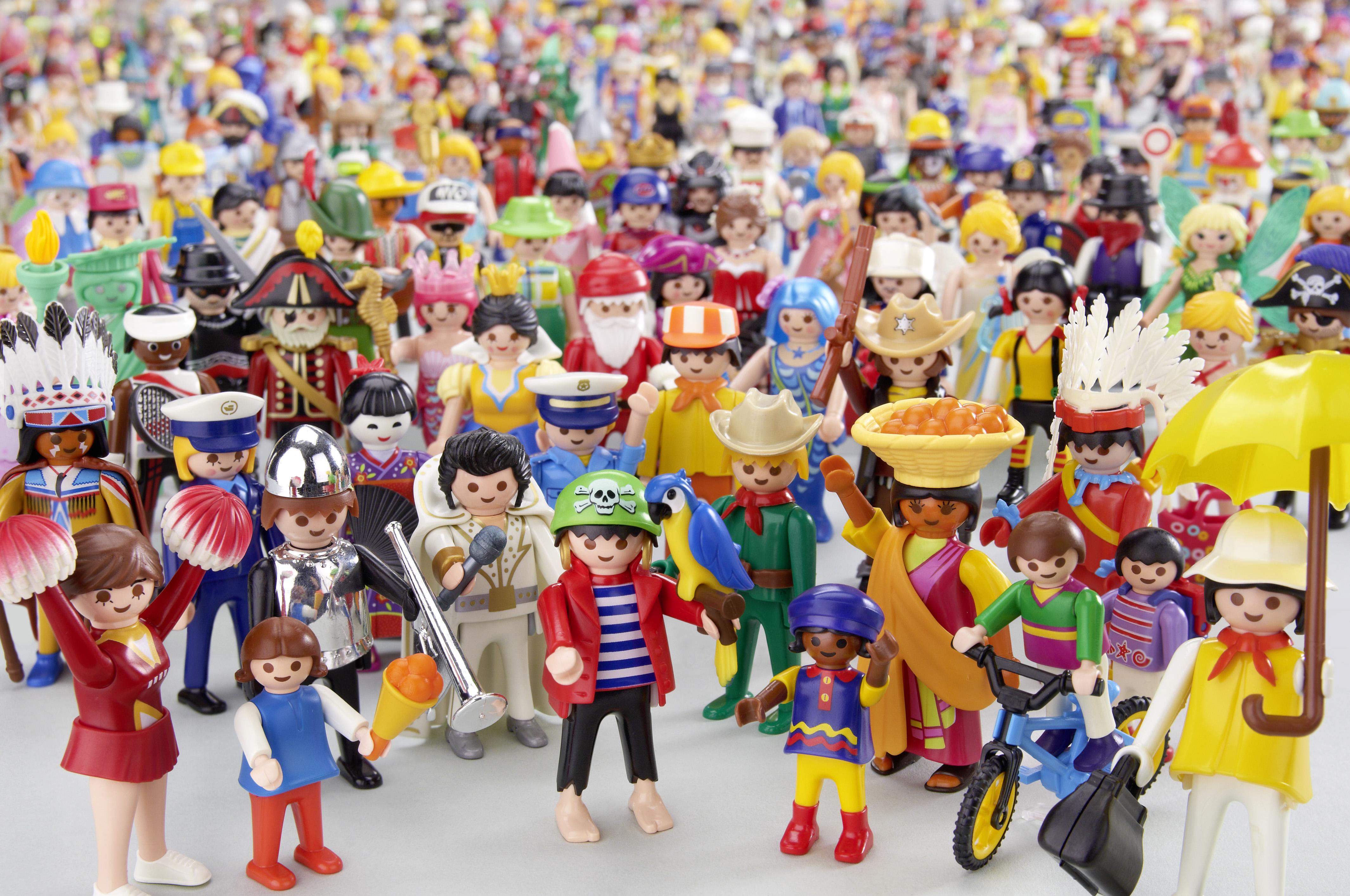 PLAYMOBIL-Geburtstagsfoto_600 Figuren