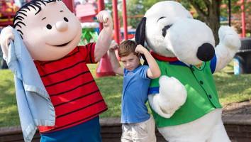 Snoopy-Linus-and-Fan-KI