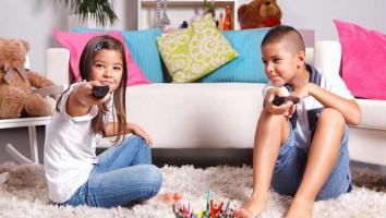 big-kids-watching-tv