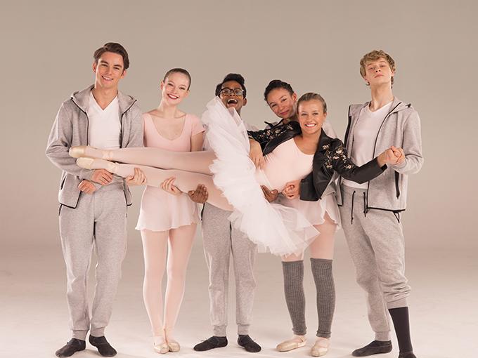 Kids doing ballet
