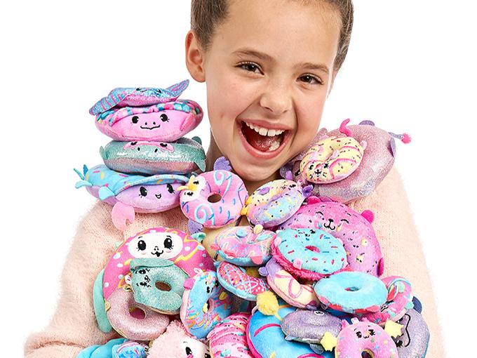 Pikmi Pops S4 Doughmi Lifestyle