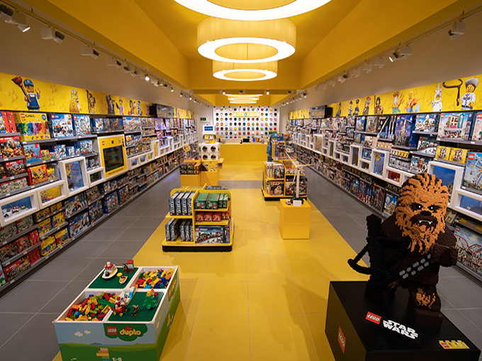 Opening of refurbished Lego Store at Intu Milton Keynes, Milton Keynes, UK - 3 Oct 2018.