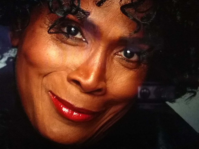 Janet Hubert headshot
