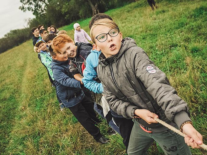 anna-samoylova unsplash kids playing