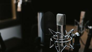 microphones_stock_image_Unsplash
