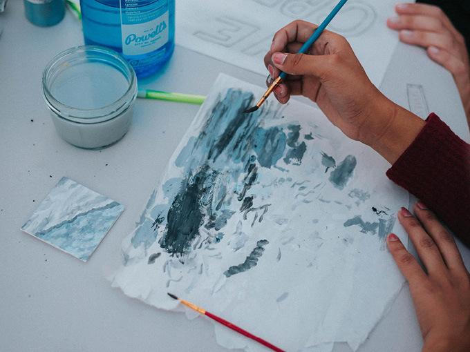 Kid doing crafts photo by Andrew Donovan Valdivia