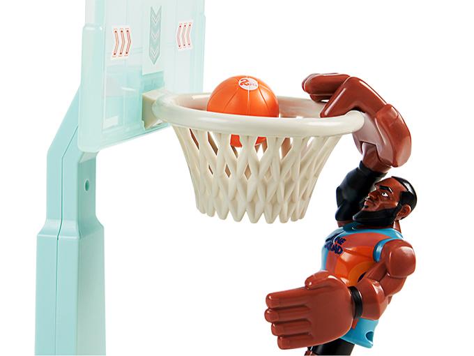 Moose Toys basketball space jam