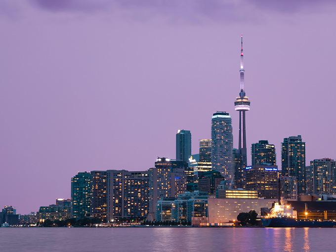 CN Tower_Smith Shah unsplash
